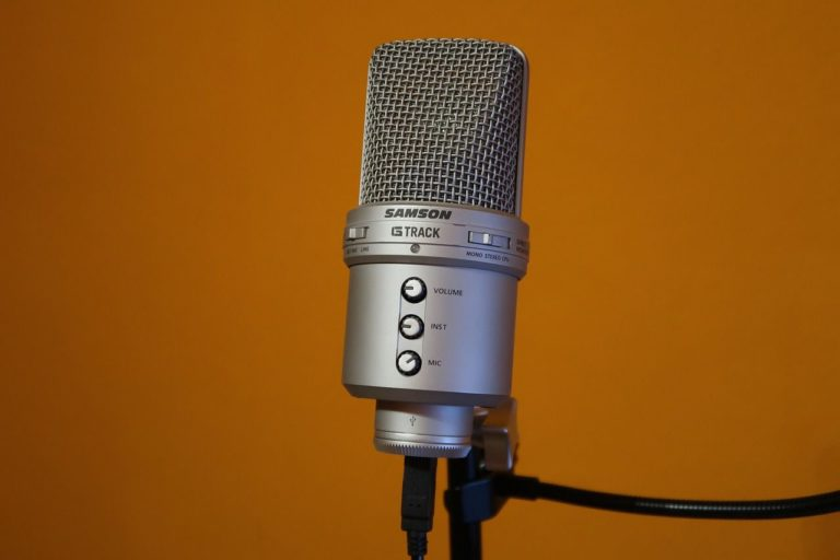 Podcasting's next frontier: a manifesto for growth (beyond the already converted)